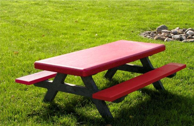 Kunststof banken en tafels
