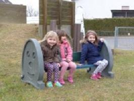 Speciale speelse kinderbank met beschrijfbare zijpanelen in grijs, blauw, groen 2020